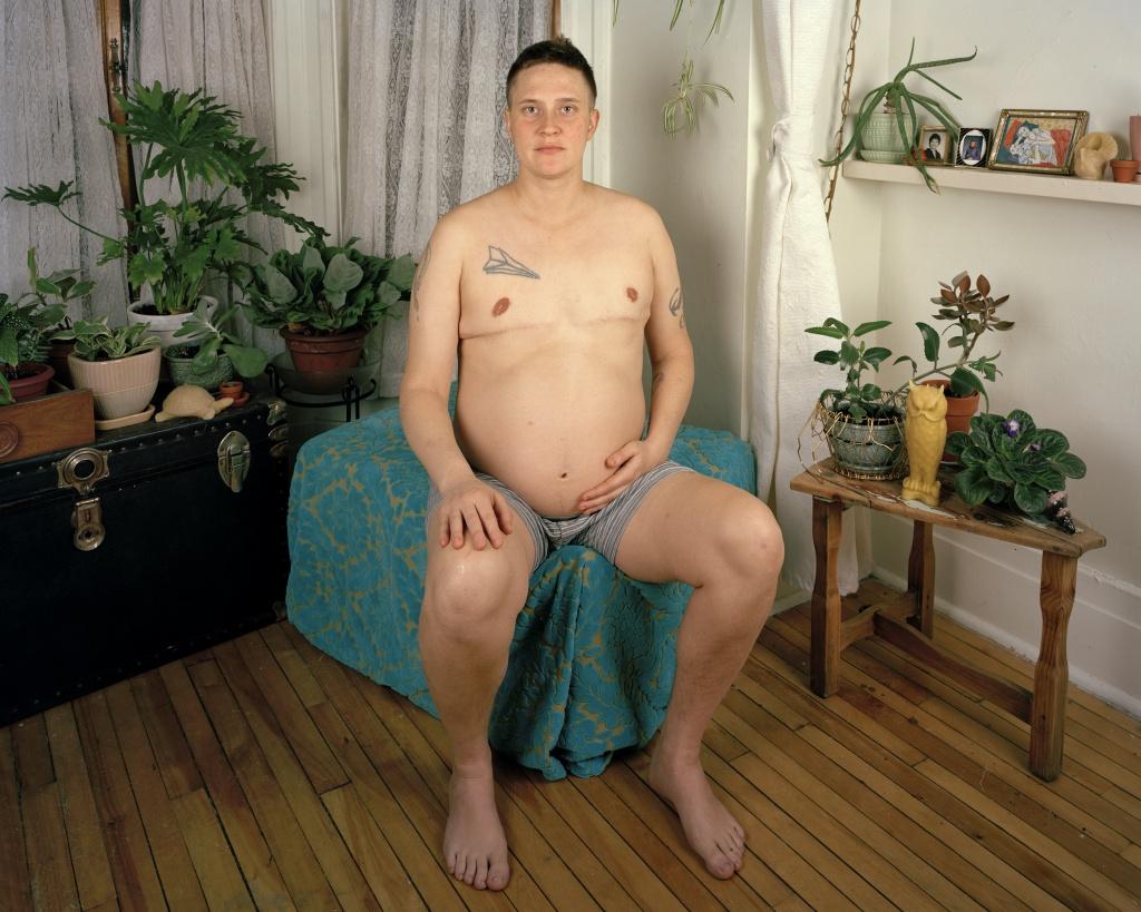 Harry Pregnant. JJ Levine (Canada, 2015)